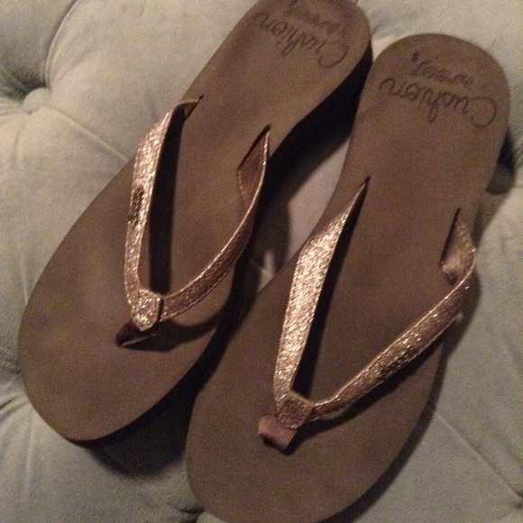 7cb500289424 Reef Shoes - REEF CUSHION silver glitter flip flops beach 8